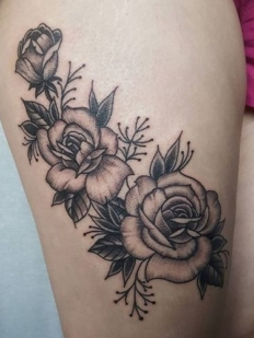 kelowna-customtattoo-tattoo-lakecountry-vernon-tattooedgirl-rosetattoo-dotwork-blackwork-hiromi.tattoo